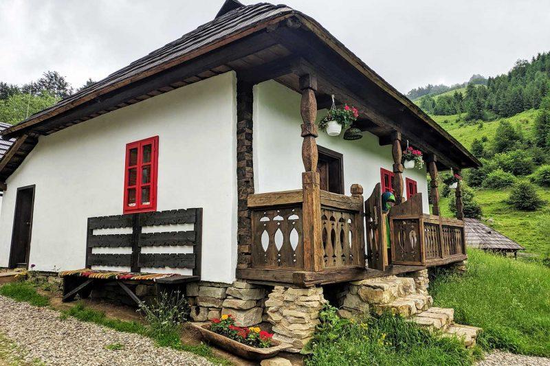 Cazare in Bucovina La Saivan