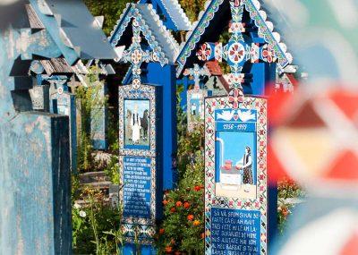 Cimitirul Vesel de la Sapanta, Maramures