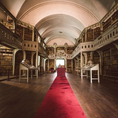 Biblioteca Batthyaneum din Alba Iulia
